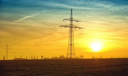 El precio diario de la luz alcanza un nuevo máximo anual